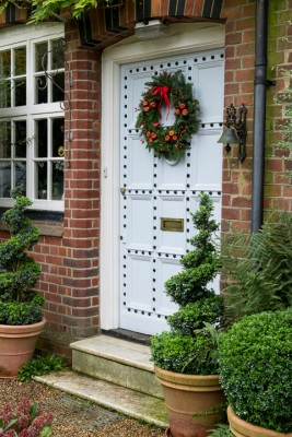 wpid4096-Christmas-Wreaths-QWRE024-nicola-stocken.jpg