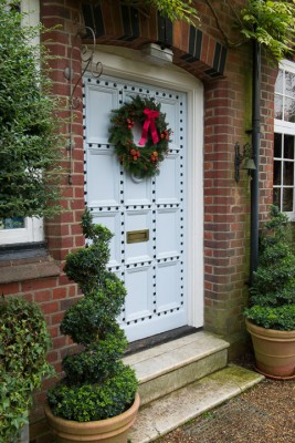 wpid4103-Christmas-Wreaths-QWRE027-nicola-stocken.jpg