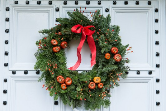 wpid4109-Christmas-Wreaths-QWRE030-nicola-stocken.jpg