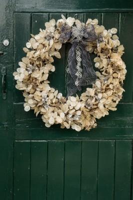 wpid4121-Christmas-Wreaths-QWRE036-nicola-stocken.jpg