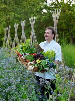 wpid4384-Celebrity-Gardeners-Tips-GRAY010-nicola-stocken.jpg