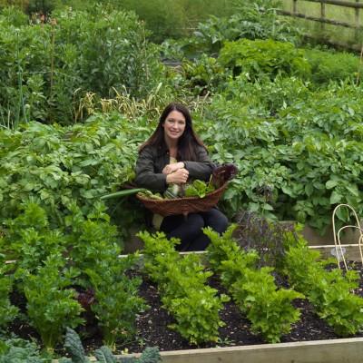 wpid4398-Celebrity-Gardeners-Tips-GRDT018-nicola-stocken.jpg