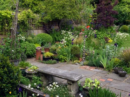 wpid4527-Muswell-Hill-Garden-GDUK042-nicola-stocken.jpg