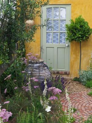 wpid4705-Front-Garden-Design-DESI208-nicola-stocken.jpg