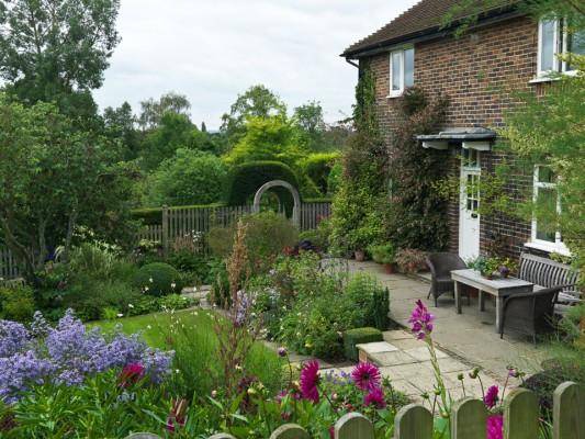 wpid4727-Front-Garden-Design-DWOO075-nicola-stocken.jpg