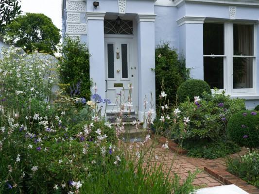 wpid4747-Front-Garden-Design-GCOM005-nicola-stocken.jpg