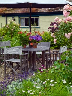 wpid4836-High-Summer-Garden-GGLO100-nicola-stocken.jpg