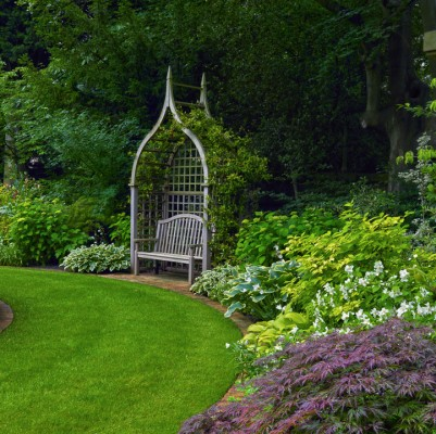 wpid4842-High-Summer-Garden-GGLO103-nicola-stocken.jpg