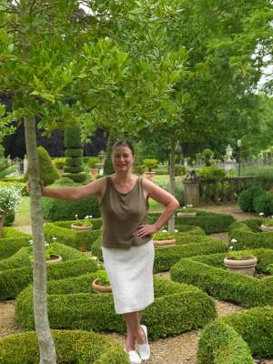 wpid5856-Topiary-Garden-GOLR002-nicola-stocken.jpg