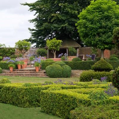 wpid5872-Topiary-Garden-GOLR010-nicola-stocken.jpg