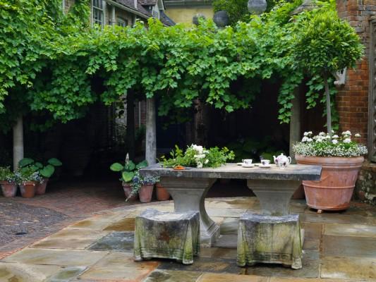wpid5890-Topiary-Garden-GOLR019-nicola-stocken.jpg