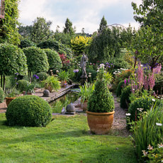 Thumbnail image for Topiary For All Seasons
