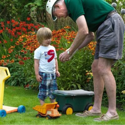 wpid8812-Childrens-Gardens-GLAU004-nicola-stocken.jpg