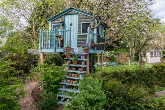 wpid8832-Childrens-Gardens-GROE013-nicola-stocken.jpg