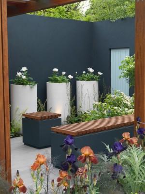 wpid8885-Colour-in-the-Garden-DESI447-nicola-stocken.jpg