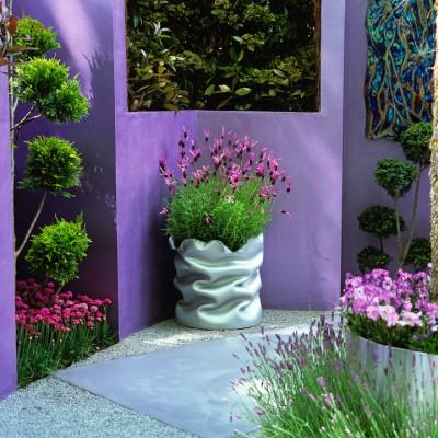 wpid8915-Colour-in-the-Garden-DMOD127-nicola-stocken.jpg