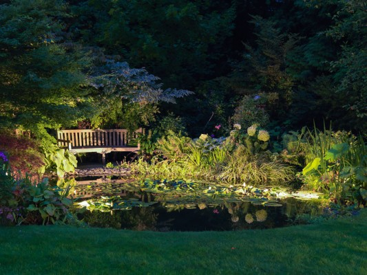 wpid9002-Garden-Lighting-GBOX070-nicola-stocken.jpg