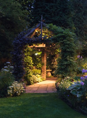wpid9006-Garden-Lighting-GBOX074-nicola-stocken.jpg