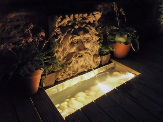 wpid9018-Garden-Lighting-GHUN023-nicola-stocken.jpg