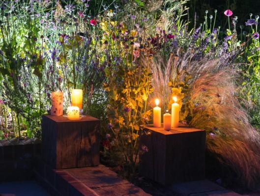 wpid9042-Garden-Lighting-GOCK393-nicola-stocken.jpg