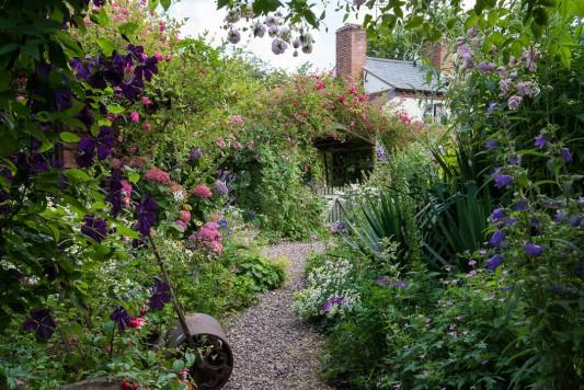 wpid9102-Cottage-Gardens-GHGH008-nicola-stocken.jpg