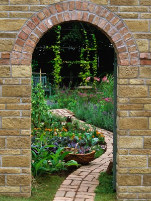 wpid10001-Garden-Rooms-with-a-View-DVIE031-nicola-stocken.jpg