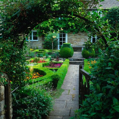 wpid10005-Garden-Rooms-with-a-View-GACR007-nicola-stocken.jpg