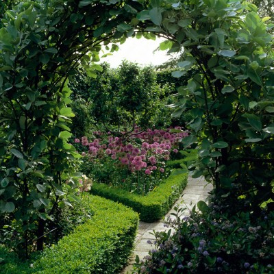 wpid10025-Garden-Rooms-with-a-View-GGAG008-nicola-stocken.jpg