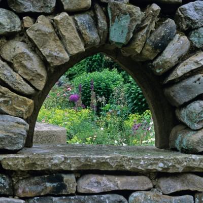 wpid10049-Garden-Rooms-with-a-View-GOLT020-nicola-stocken.jpg