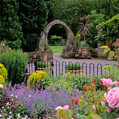 wpid10051-Garden-Rooms-with-a-View-GOLT030-nicola-stocken.jpg