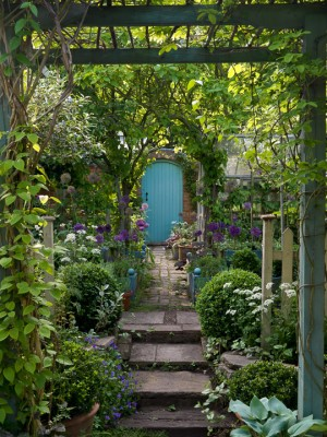 wpid10055-Garden-Rooms-with-a-View-GPIT012-nicola-stocken.jpg