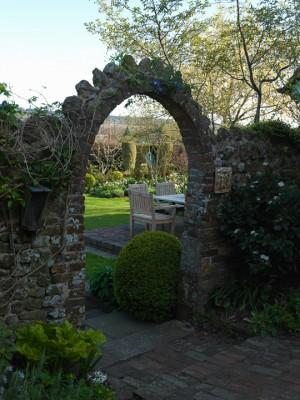 wpid10059-Garden-Rooms-with-a-View-GSAN009-nicola-stocken.jpg