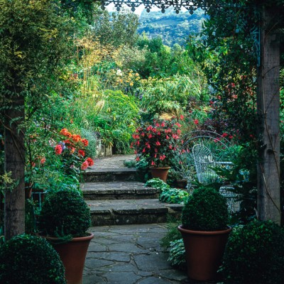 wpid10077-Garden-Rooms-with-a-View-GWOO011-nicola-stocken.jpg