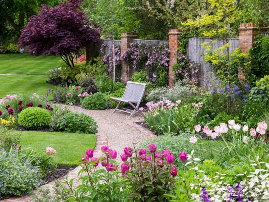 wpid10535-Garden-Lodge-in-Spring-GGLO070-nicola-stocken.jpg