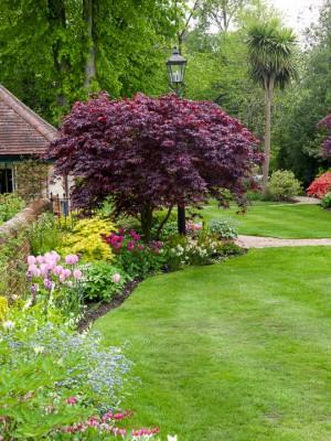 wpid10539-Garden-Lodge-in-Spring-GGLO072-nicola-stocken.jpg