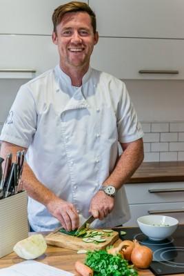wpid10613-Mark-Lloyd-Chef-and-Forager-GMKL021-nicola-stocken.jpg