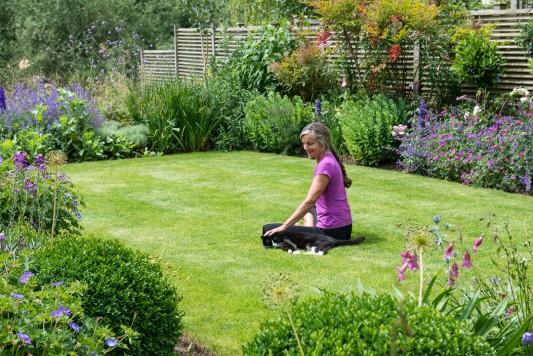 wpid11029-Perfect-Lawns-GOCK337-nicola-stocken.jpg