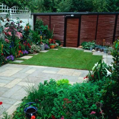 wpid11093-Perfect-Lawns-MJES009-nicola-stocken.jpg