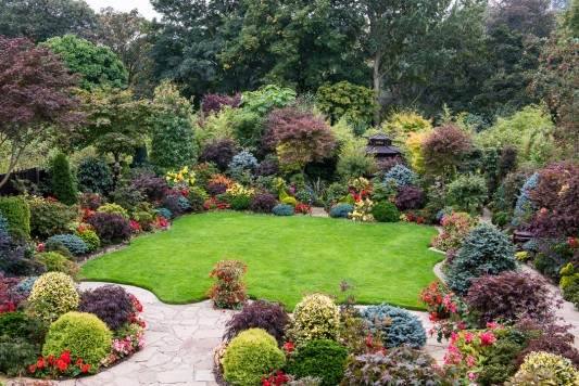 wpid11107-Perfect-Lawns-GFOR002-nicola-stocken.jpg