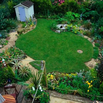 wpid11121-Perfect-Lawns-DSEA008-nicola-stocken.jpg