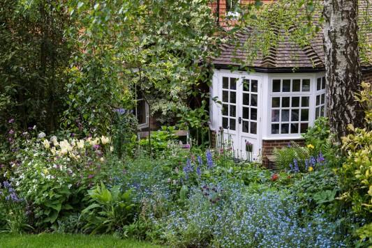 wpid11149-Quarry-Cottage-in-May-GQUA008-nicola-stocken.jpg