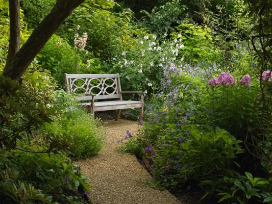 wpid9895-Up-The-Garden-Path-GBOX084-nicola-stocken.jpg