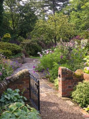 wpid9929-Up-The-Garden-Path-GGLO024-nicola-stocken.jpg