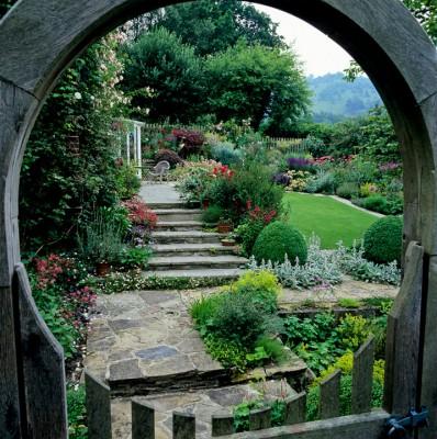 wpid9995-Garden-Rooms-with-a-View-DVIE007-nicola-stocken.jpg