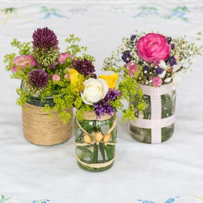 wpid12693-Posies-and-Decorative-Jars-Step-by-Step-QPOS544-nicola-stocken.jpg