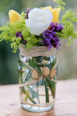 wpid12717-Posies-and-Decorative-Jars-Step-by-Step-QPOS559-nicola-stocken.jpg