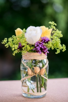 wpid12735-Posies-and-Decorative-Jars-Step-by-Step-QPOS558-nicola-stocken.jpg