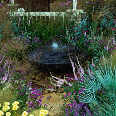 wpid13251-Water-Features-for-Gardens-AWAT132-nicola-stocken.jpg