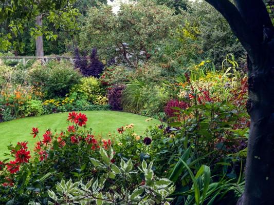 wpid14377-Photographing-Gardens-DWOO089-nicola-stocken.jpg