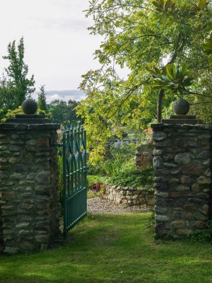 wpid16738-Burrow-Farm-In-Autumn-GBFB040-nicola-stocken.jpg